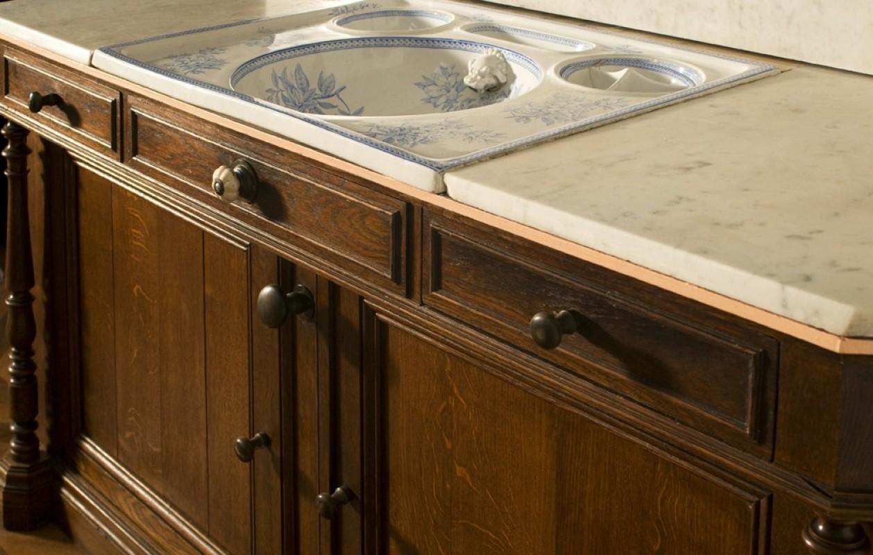 Meuble ancien salle de bains meuble rtro salle de bain meuble de style chne vasques en