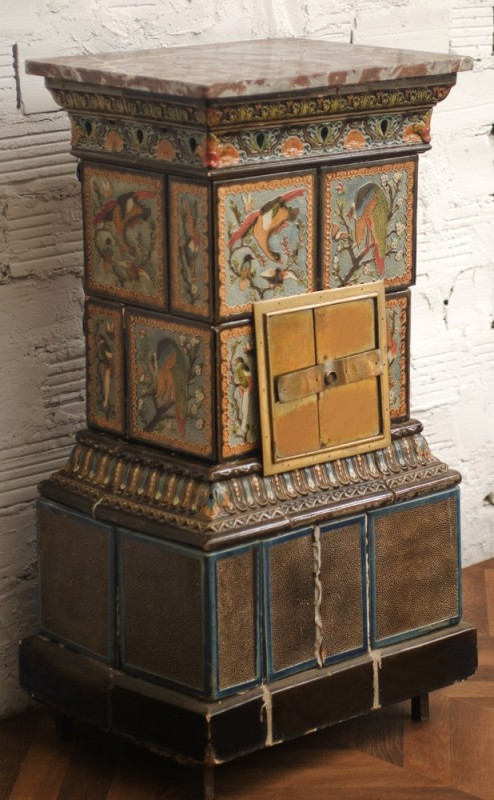 Antique wood stove faience pattern 1900