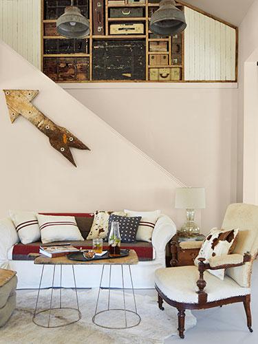 Sala de estar decorada com muito charme