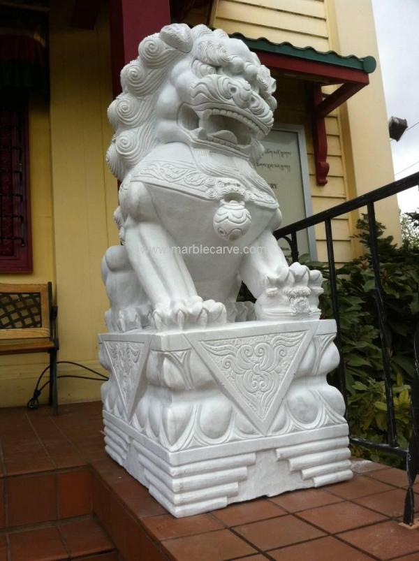 Foo Dog Marble Carving Pc040531