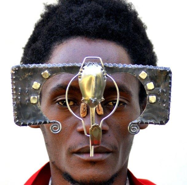 Cyrus Kabiru-C-stunners-sculpture-5-artforplus