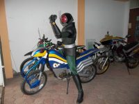 Breda Kustanto Seorang Pilot Indonesia Yang Sangat Suka Kamen Rider