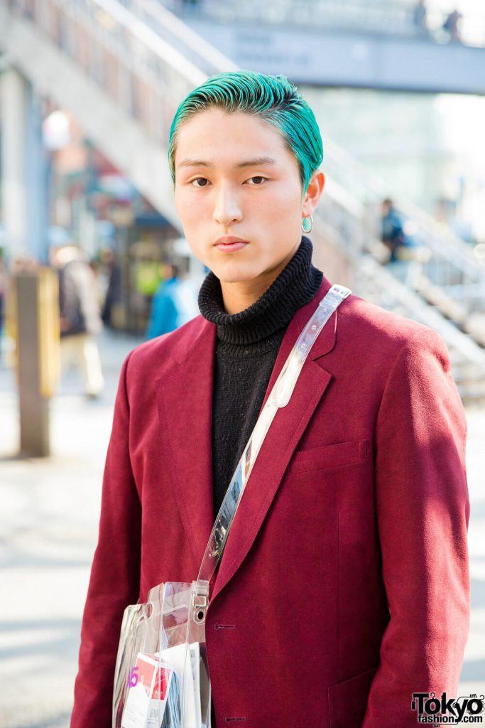 Minori Tampilkan Busana Elegan Dan Eksentrik Dalam Harajuku Fashion Jepang