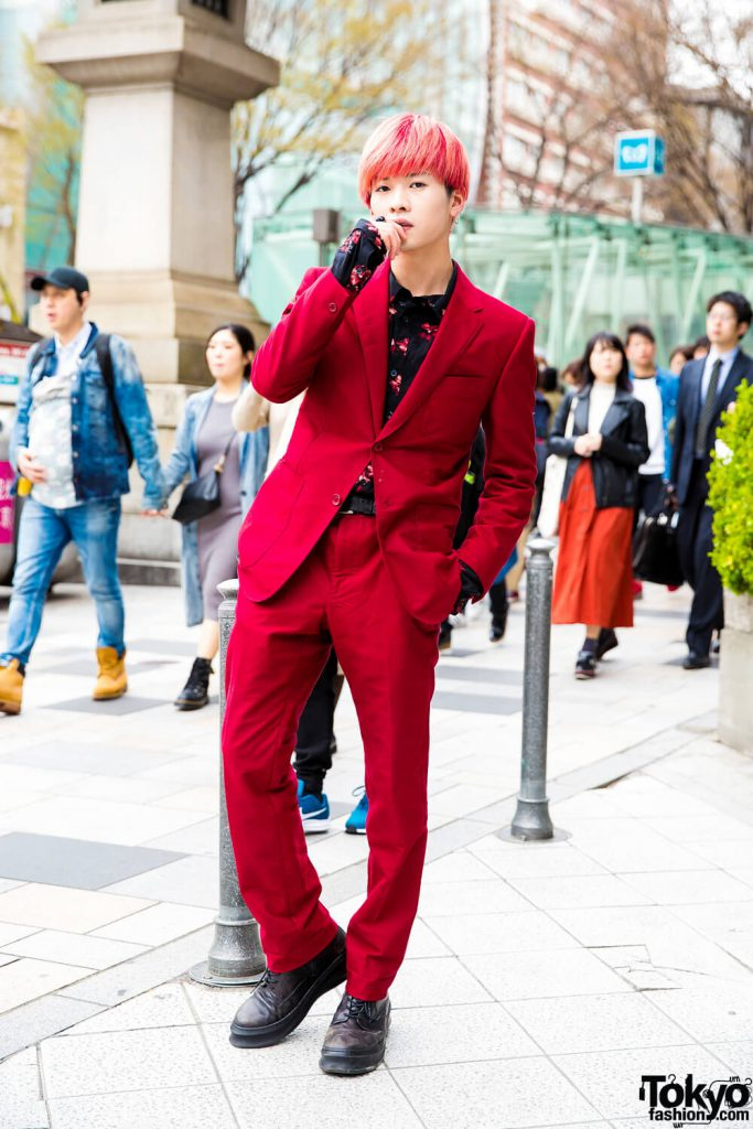 Busana Formal Eksentrik Dari Yuki Dalam Harajuku Fashion Jepang