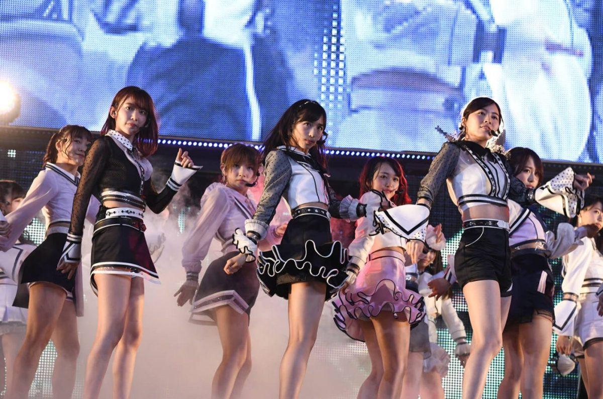 AKB48 Gunakan Konsep Seksi Dalam Musik Video Terbarunya Yang Berjudul Teacher Teacher