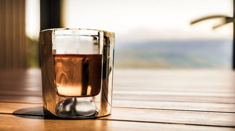 Minuman Beralkohol Berbahan Dasar Kayu Pohon Diciptakan Peniliti Jepang