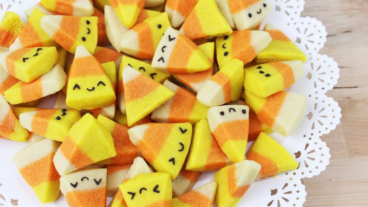 Membuat Kue Permen Jagung Kawaii Untuk Festival Halloween