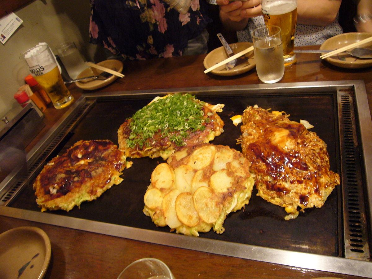 Okonomiyaki 8 destinasi wisata kuliner jepang