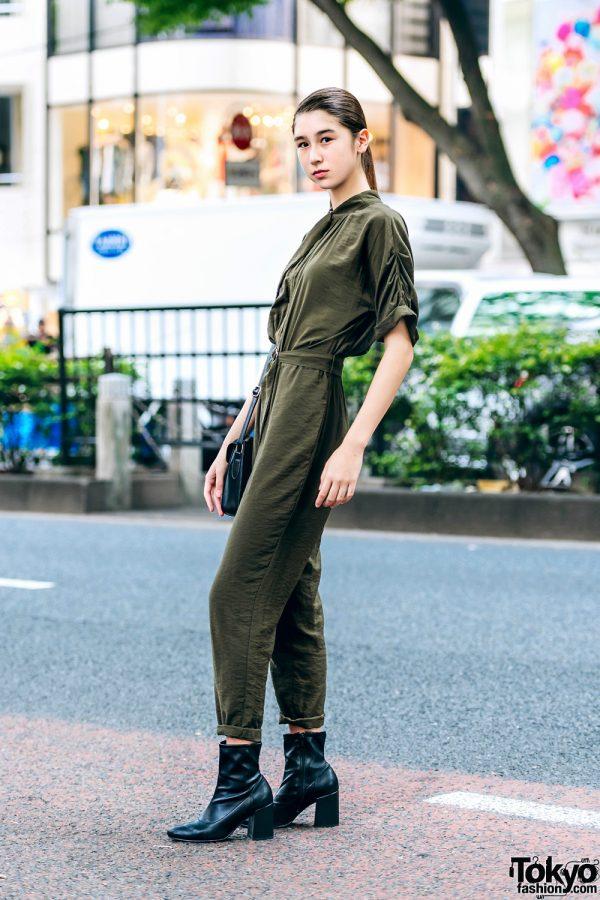 Hanya Dengan Jumpsuit Dipadukan Dengan Sepatu Bot, Jayce Model Fashion Jepang Tampil Memukau Di Harajuku 3