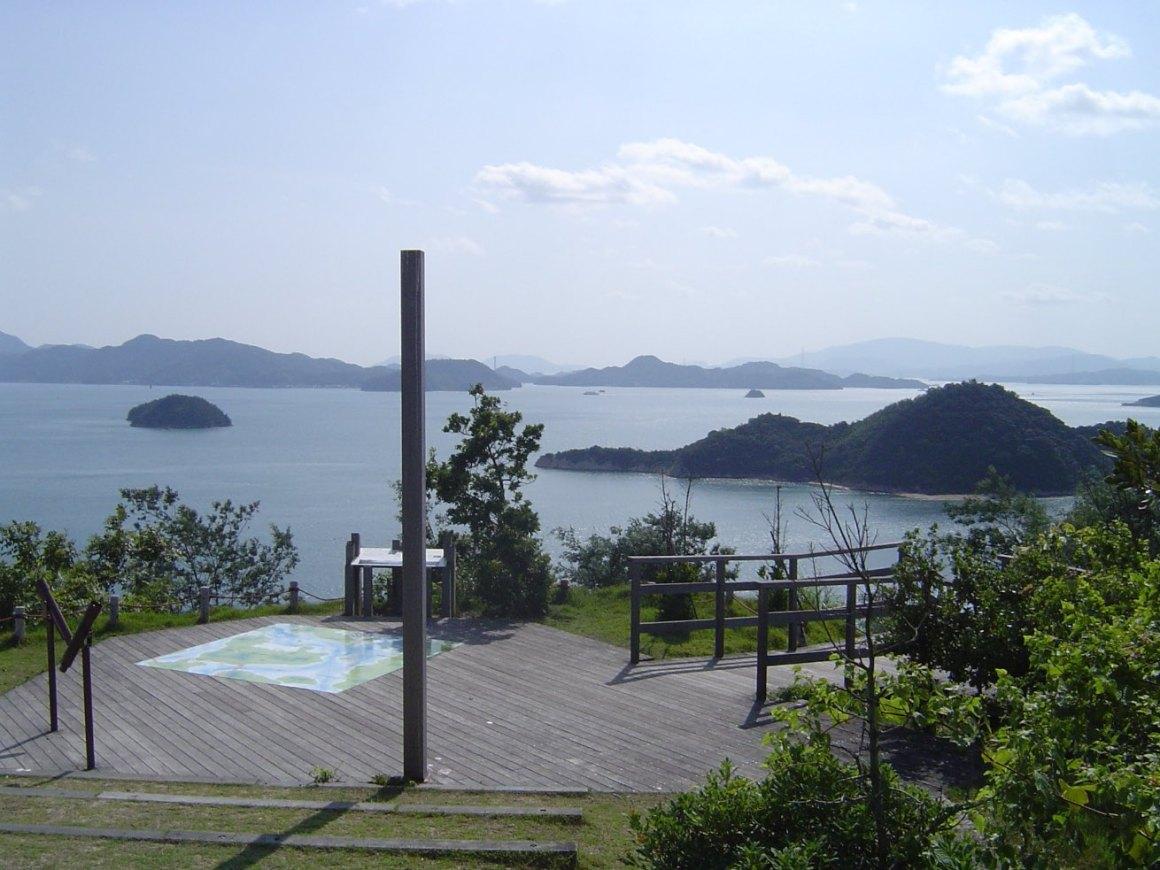 Kaya Sejarah Dan Lucunya Hewan Kelinci, Wisata Di Pulau Okunoshima !
