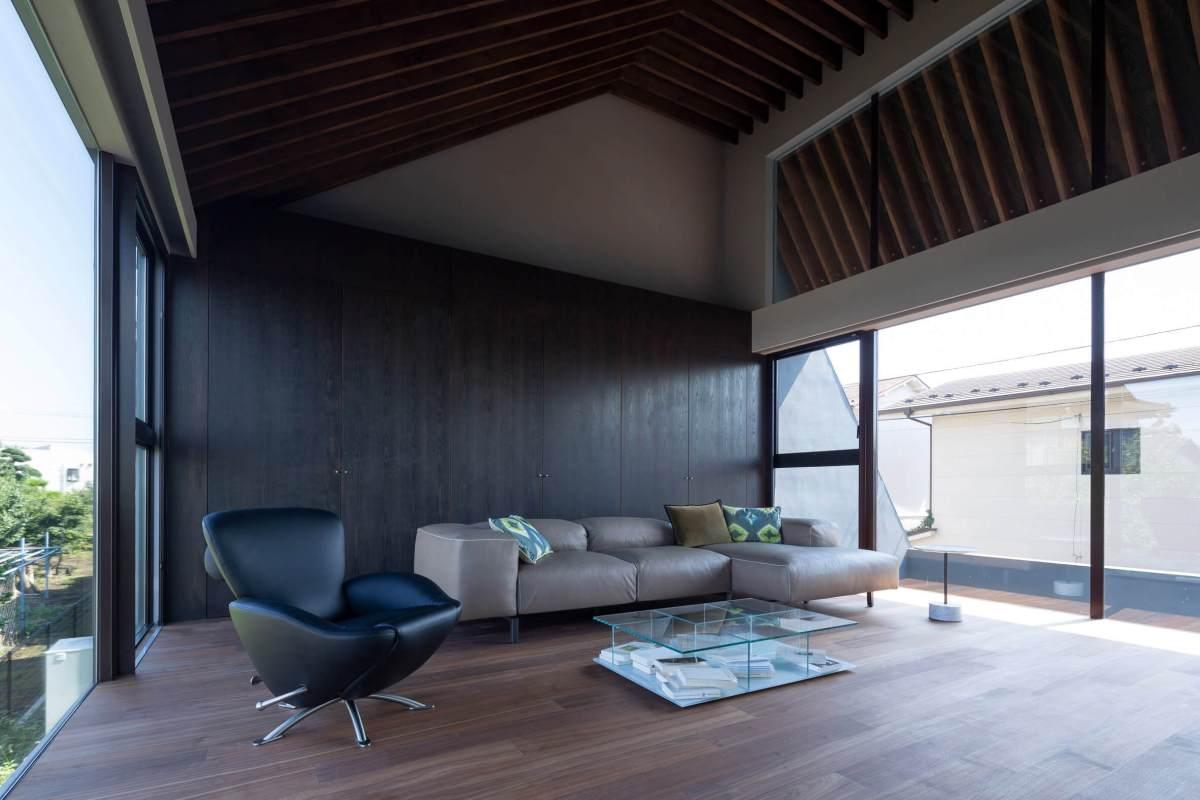 Desain Unik Rumah Padat Penduduk Di Kota Tokyo Oleh Satoshi Kurosaki