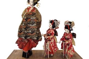 5 Boneka Tradisional Yang Memiliki Peran Penting Dalam Tradisi Jepang