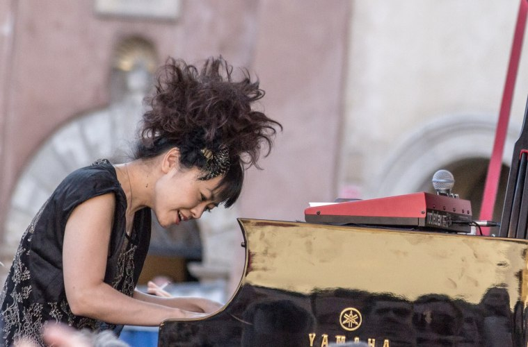Musisi Jazz Ternama Hiromi Uehara Kembali Rilis Album Terbarunya Setelah 10 Tahun