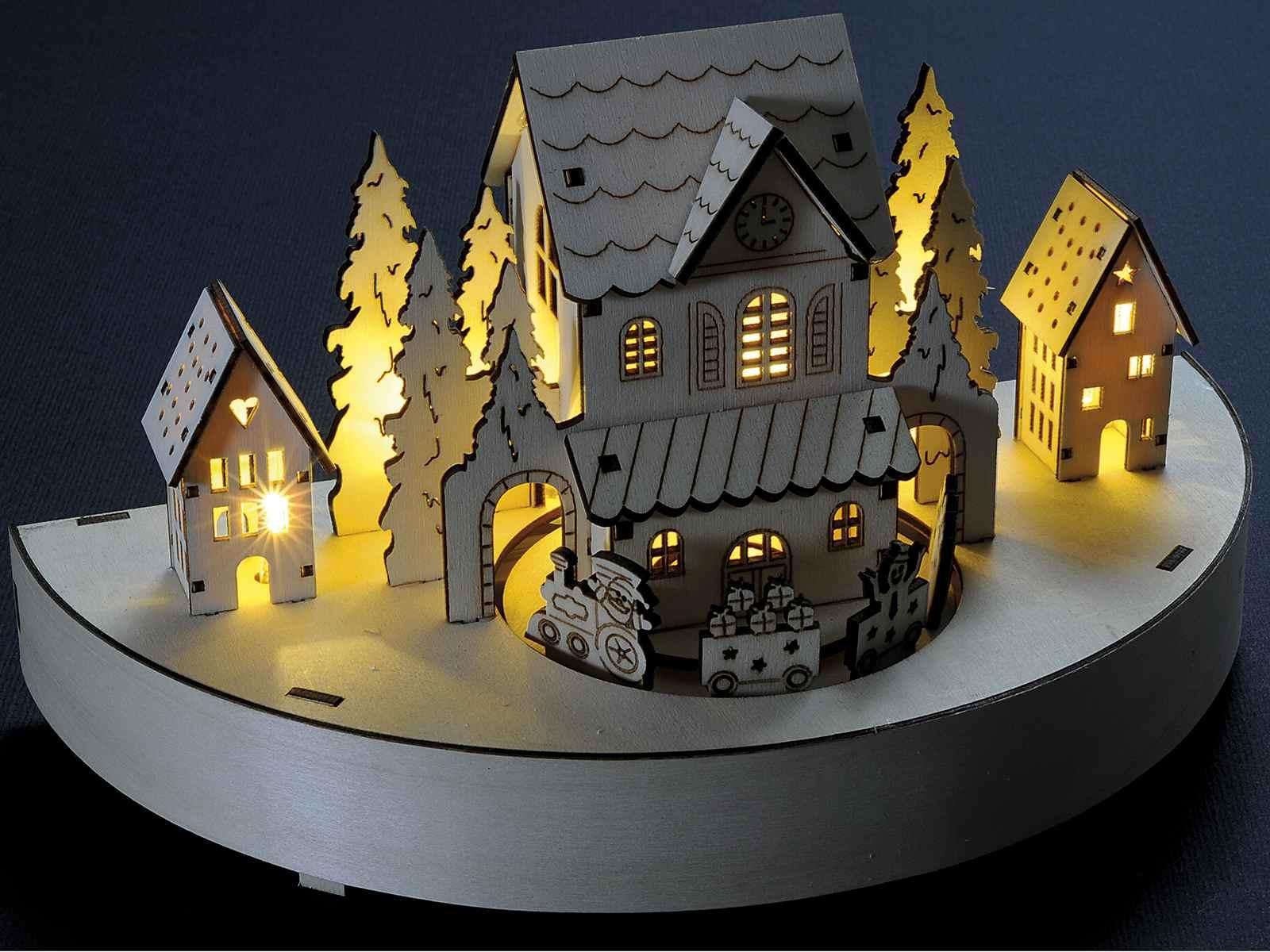 Carillon in legno lavorato a laser ctreno animato e luce 513009  Art From Italy