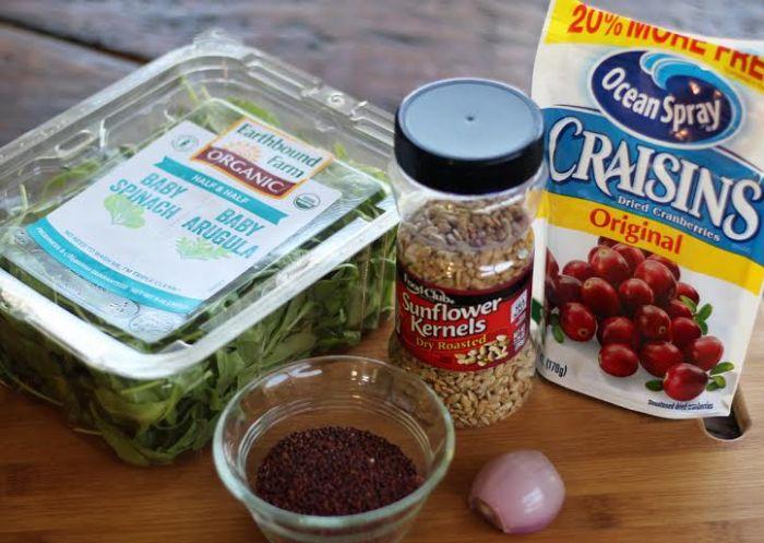 Simple Quinoa Side Salad | www.artfuldishes.com