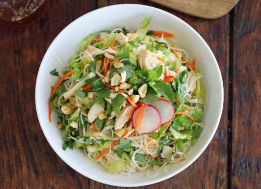 Rice Noodle Salad with Veggies and Chicken