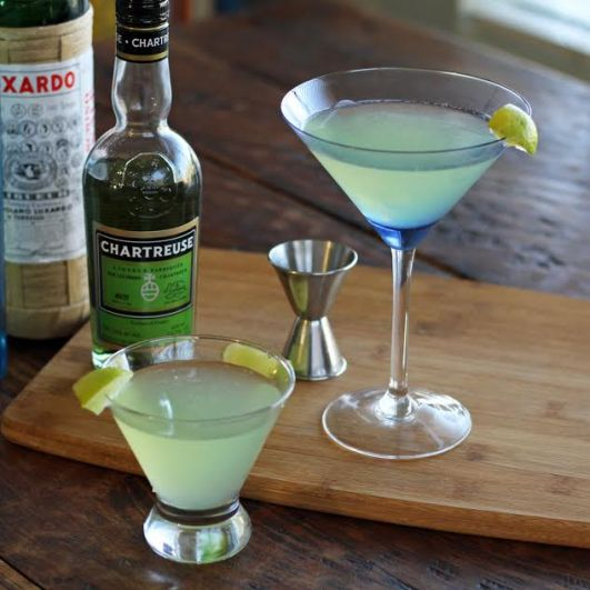 The Last Word Vintage Cocktail: Green Chartreuse, Gin, Maraschino liqueur, lime juice | artfuldishes.com