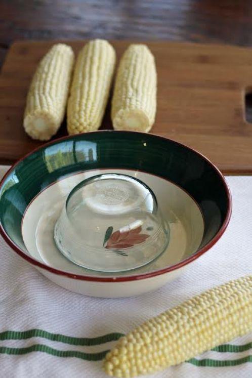 How to Cut Corn Kernels Off the Cob   www.artfuldishes.com