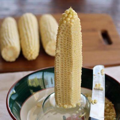 How to Cut Corn Kernels off the Cob