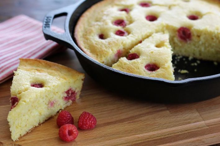 A Slice of Cast Iron Raspberry Cornmeal Cake | www.artfuldishes.com