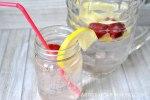 Sugar-Free Sparkling Strawberry Lemonade