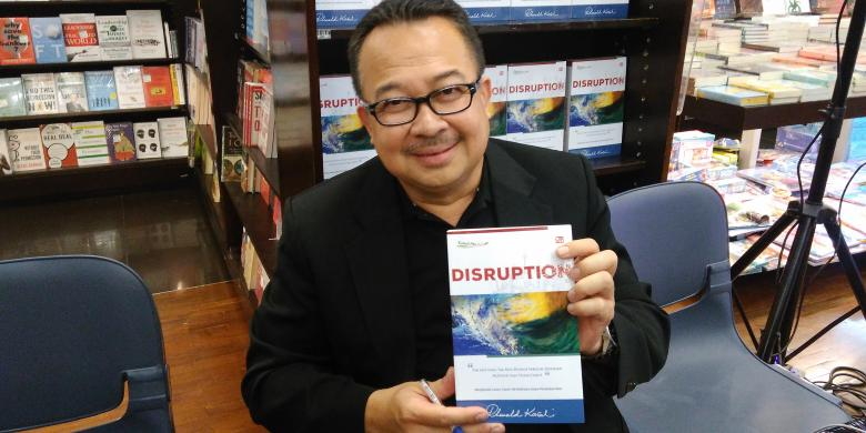 Giveaway Buku Disruption dari Rhenald Kasali