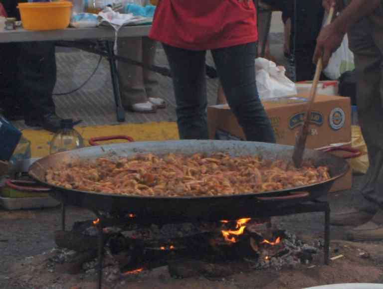 One of the larger Paellas