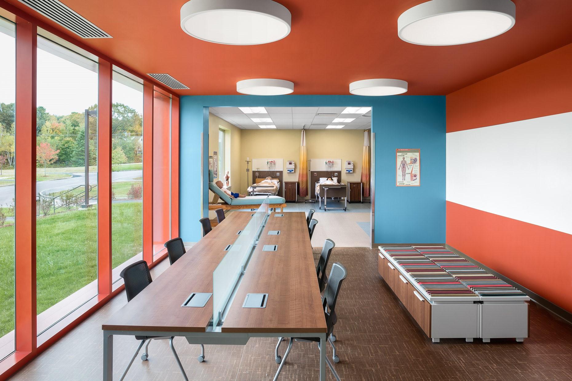 desk chair groupon tropitone lounge chairs 5 office design ideas on a budget   arthur p. o'hara
