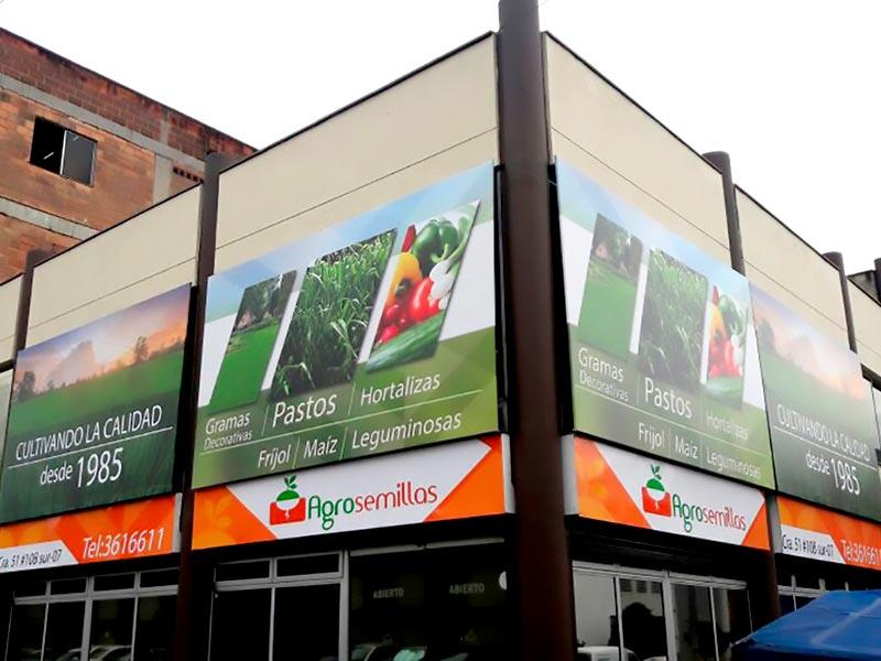 Avisos publicitarios en bastidor Medellín