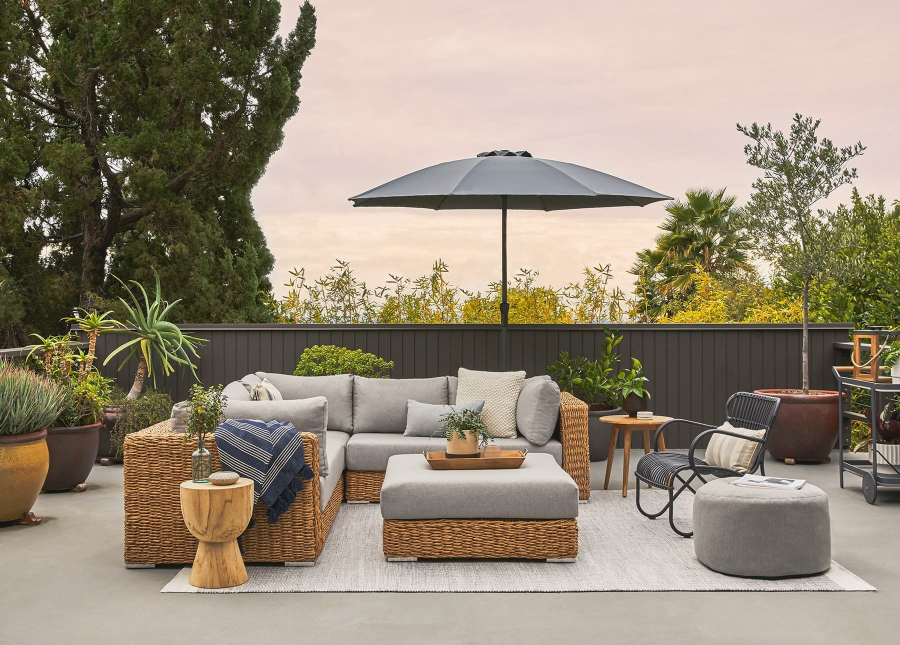 the expert s guide to wicker and rattan