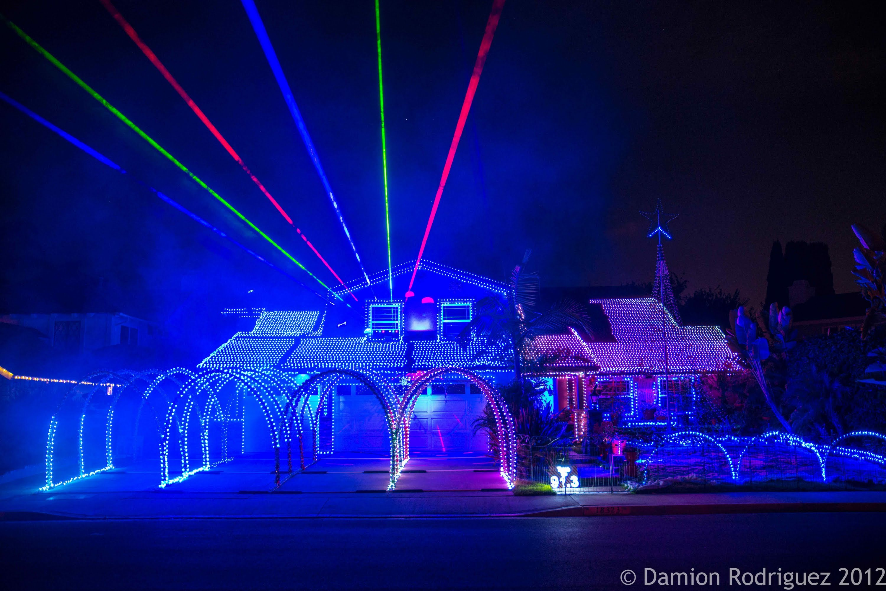 9 Most Insane Christmas Light Displays Article Cats