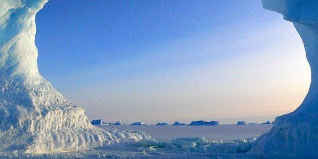 Photo of icebergs in Antarctic