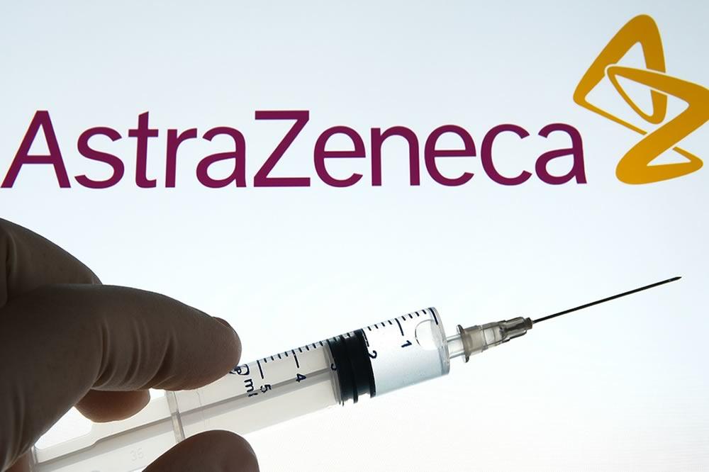 Nuove restrizioni per Astrazeneca