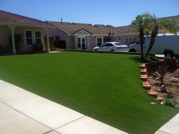 artificial turf cost mountain center