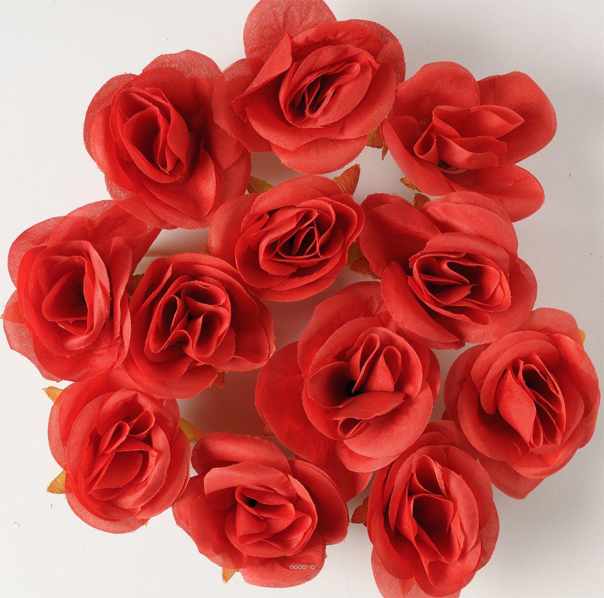 https www artificielles com tetes de rose artificielle x 12 rouge d 4 50 cm pour boule de rose c2x29700497