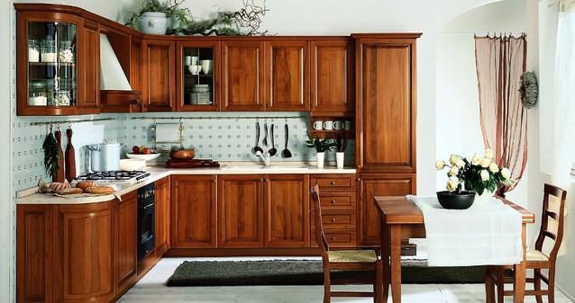 Cucine su misura Classiche  FALEGNAMERIA ROMA Lavorazioni artigianali in legno su misura