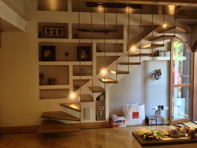 Scale in legno su misura  Rivestimento di scalini in