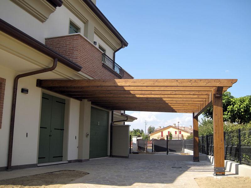 tettoia in legno per camper