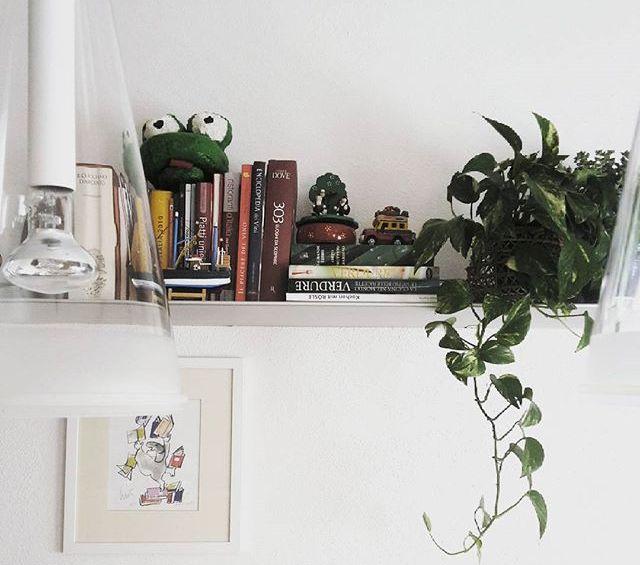Proprio come per gli interni di una casa, assicurati di mescolare le texture quando decori una mensola. Mensole In Cucina Come E Perche Usarle Artigianamente Blog Artigianato Stile Design