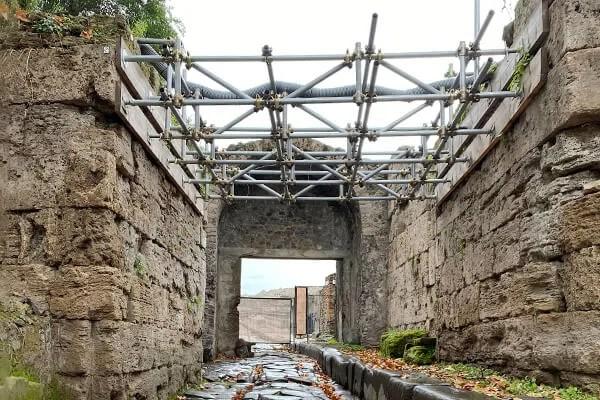 scavi archeologici e restauro