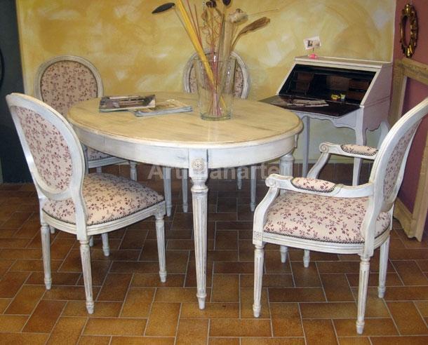 Basamenti in legno massello grezzo per tavoli rotondi e ovali.gamboni centrali con colonna tornita, ottimi per piani diametro 100 o 120 allungabili. Tavolo Ovale Shabby Chic Artigianarte