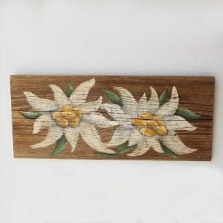 tavola in legno vecchio con stelle alpine dipinte a mano misure