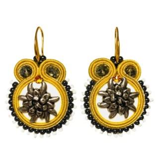 Orecchini color oro-argento con stella alpina tecnica soutache
