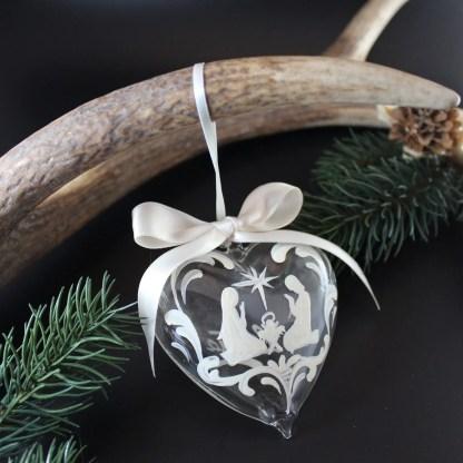 Addobbo cuore in vetro dipinto a mano 8 cm disegni vari
