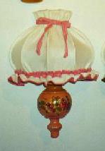 Visualizza altre idee su lampade, lampadari, lampadario fai da te. Luci E Lampadari Decorati A Mano Di Artigianato Trentino