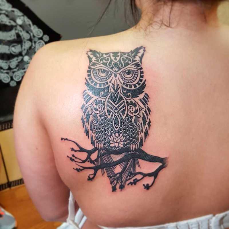 Tatuagens Femininas Na Perna Coruja