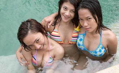 Tiga Gadis Binal