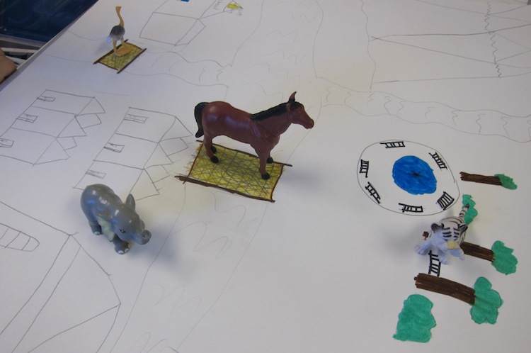 Drawing Maps for Figurines