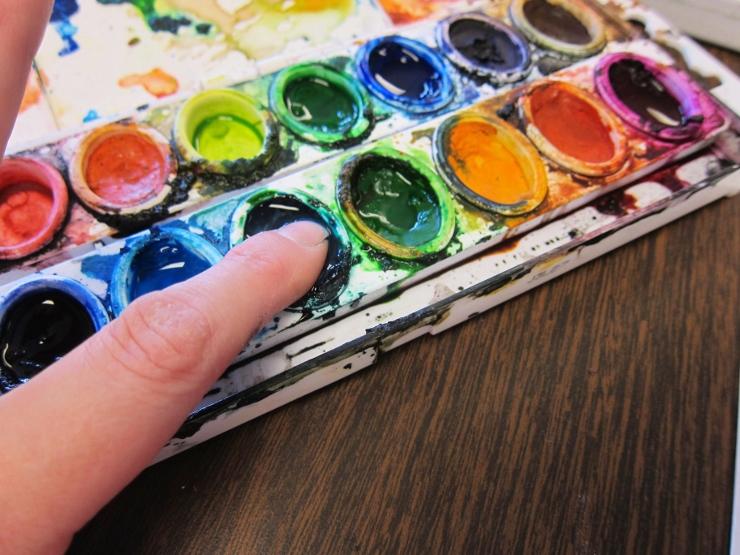 fingerprint art with watercolor paint