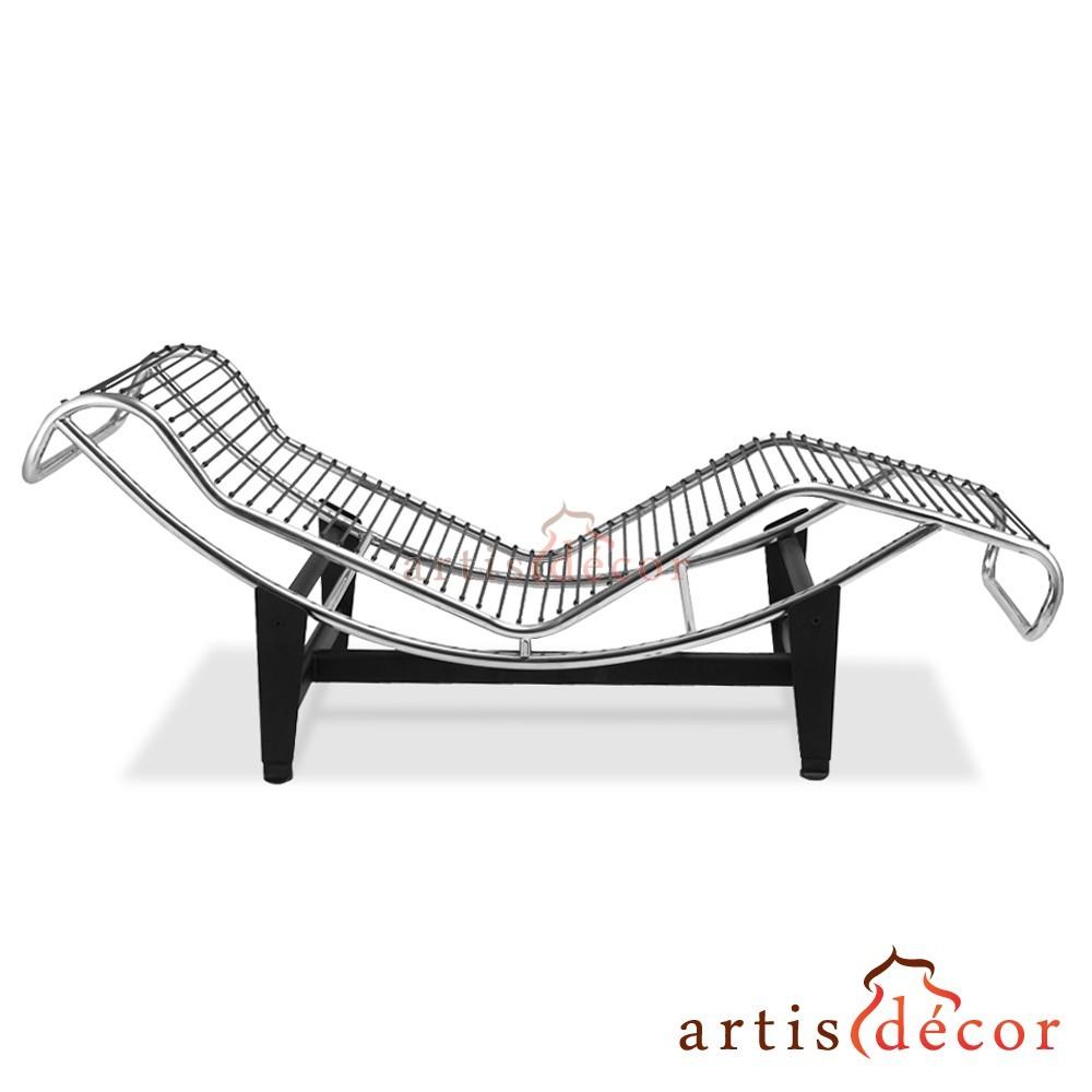 Le Corbusier La Chaise Chair LC4 Chaise Lounge White